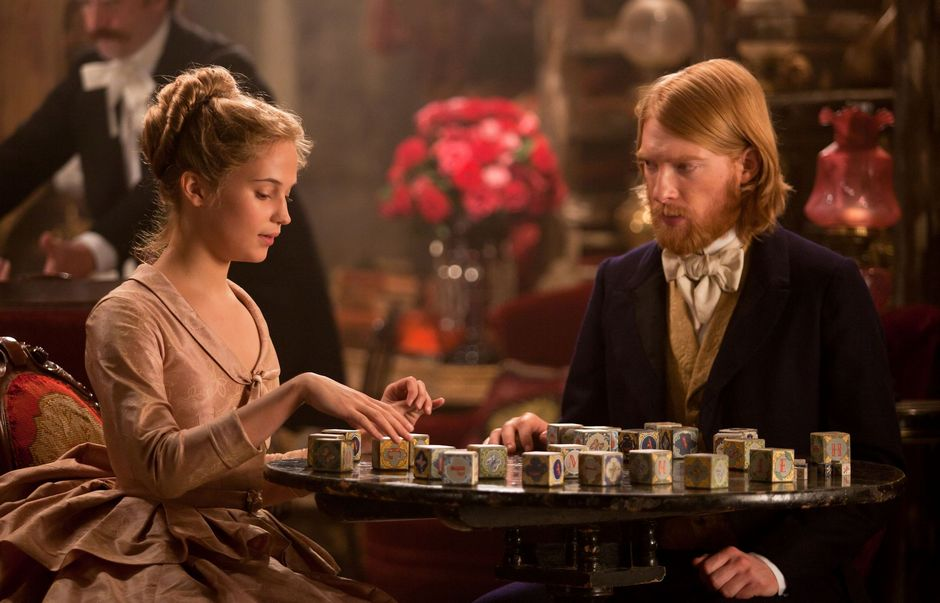 (l to r) Alicia Vikander stars as Kitty and Domhnall Gleeson stars as Levin in director Joe Wright's bold, theatrical new vision of the epic story of love, Anna Karenina, a Focus Features release. Credit: Laurie Sparham